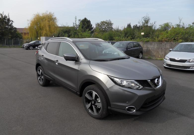 nissan qashqai n connecta all mode 1 6 dci 130 cv avec toit panoramique en sarthe mandataire. Black Bedroom Furniture Sets. Home Design Ideas