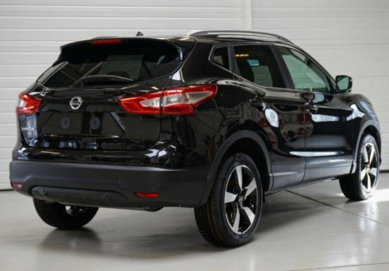 nissan qashqai n connecta 1 6 dci 130 cv avec toit panoramique en sarthe mandataire auto. Black Bedroom Furniture Sets. Home Design Ideas